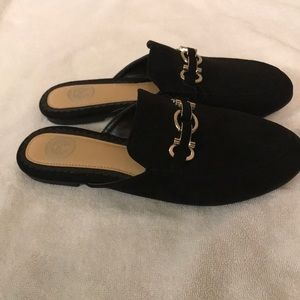 SO Shoes - Women's SO Black Slip On Mules Size 8